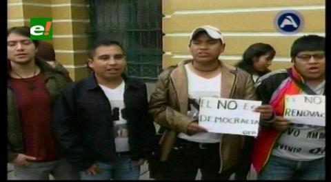 Sectores sociales y juveniles iniciarán campaña por el NO con una marcha en La Paz