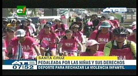 Ciclistas se unen en defensa de los derechos de las niñas