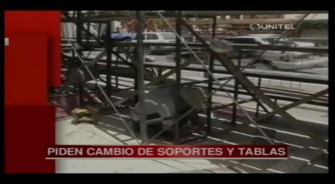 Cochabamba: Alcaldía realiza el control de graderías para el Corso de Corsos