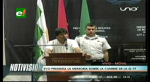 Morales entrega memorias de su Presidencia en G-77 + China