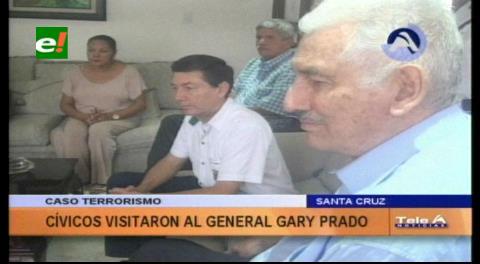 Caso Rózsa: Cívicos cruceños visitan al general Gary Prado y le expresan su solidaridad