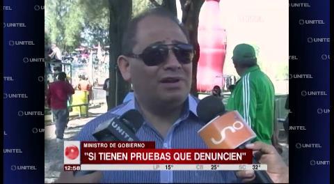 Ministro Romero pide al senador Murillo que demuestre acusaciones sobre el tráfico de tierras