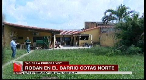 Ladrones vacían una casa en la urbanización Cotas