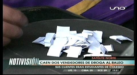 Detienen a vendedores de droga al raleo en Satélite Norte