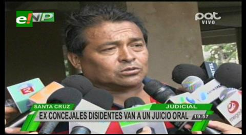 Concejal Porcel llama 'traidores' a los ex ediles disidentes