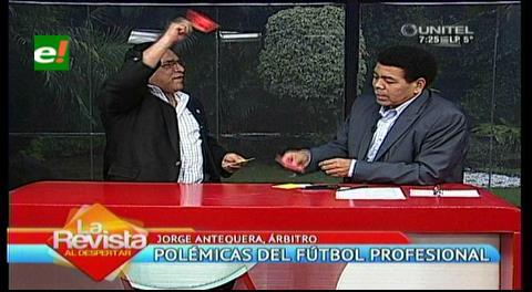 """El """"Profe Antequera"""" le sacó tarjeta roja a Fermín"""