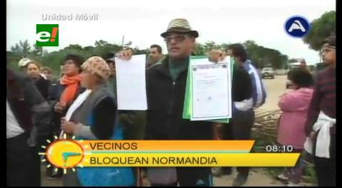 Vecinos del Plan Tres Mil bloquean Normandía