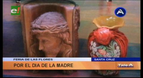 """Municipio cruceño realiza la """"Feria de las Flores y Artesanía"""" en honor a las madres"""