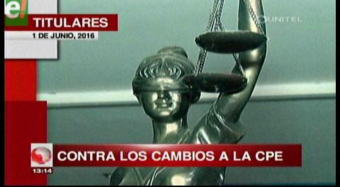 Titulares de TV: Colegio de Abogados del país rechazan cualquier modificación a la Carta Magna