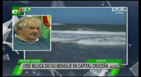 """Mujica: """"Añoro que Bolivia salga con fuerza por el Río de la Plata"""""""