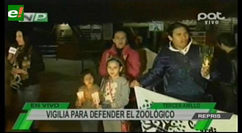 Ambientalistas Instalan una vigilia para evitar la división del zoológico de Santa Cruz