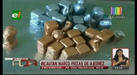 Descubren droga en piezas de ajedrez