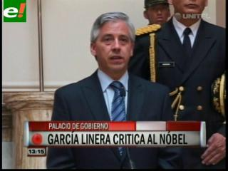 """García Linera: """"Mario Vargas Llosa es un político fracasado e ignorante, que nos distraiga con sus novelas"""""""