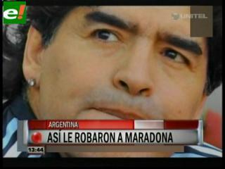 Le roban un aro a Maradona