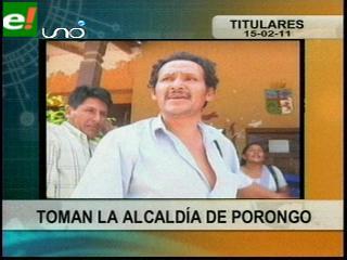 Comunarios toman la Alcaldía de Porongo