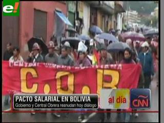 Bolivia: Gobierno y Central Obrera Boliviana reanudan diálogo por alza salarial