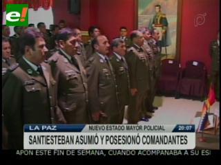 Comando de la Policía posesiona a su Estado Mayor