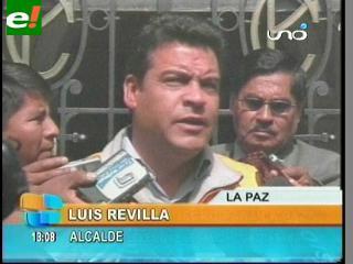 """Revilla dice que """"el futuro de La Paz será negro y contaminado"""" con el ingreso de autos chutos"""