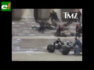 Gatúbela atropella a un camarógrafo en plena grabación de Batman