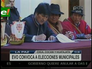 Evo promulgó Ley de convocatoria a elecciones municipales en Huatajata y Chua-Cocani