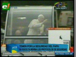 El Papa en Brasil: Río sigue de fiesta, pero hay duras críticas por la seguridad