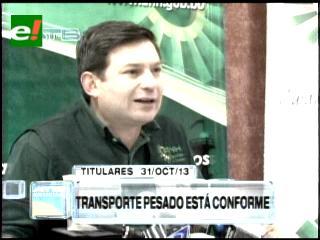 Titulares: Transporte pesado suspende el paro previsto para el próximo lunes