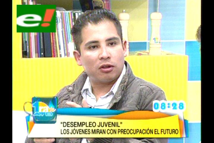 Astorga: Doble aguinaldo no beneficiará a los jóvenes, es una medida discriminadora