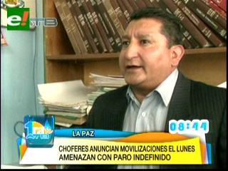 Choferes de La Paz definen paro de 24 horas y bloqueos en contra de los buses PumaKatari