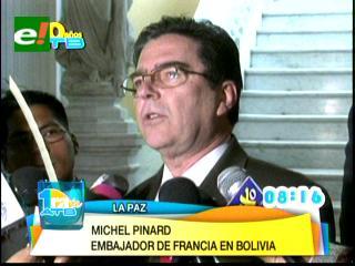 Francia entregará dos de seis helicópteros a Bolivia