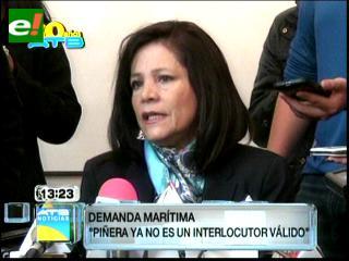 Ministra Dávila: Piñera no es interlocutor válido