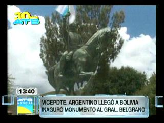 Vicepresidente argentino llega a Bolivia para inaugurar estatua de Belgrano