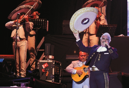 "Vicente Fernández: ""Nunca me olviden"""