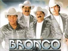 Bronco y Kjarkas le cantan a Santa Cruz