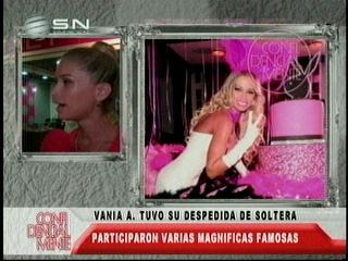 Vania Antelo tuvo magnífica despedida de soltera