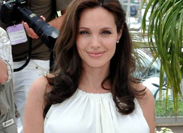 Angelina Jolie cansada de ser una estrella