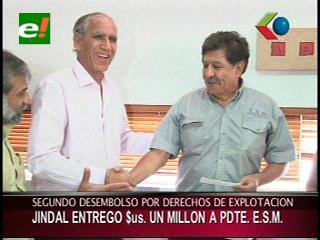Jindall entrega 1 millón de dólares al Presidente de la ESM por los derechos de explotación del Mutún