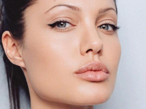 Angelina Jolie nueva imagen de Louis Vuitton