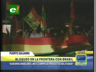 Comerciantes bloquean la frontera Bolivia – Brasil