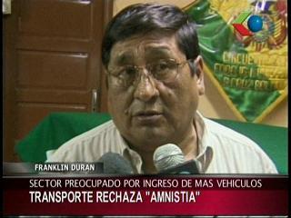 """Transportistas rechazan proyecto de ley de amnistía para autos """"chutos»"""