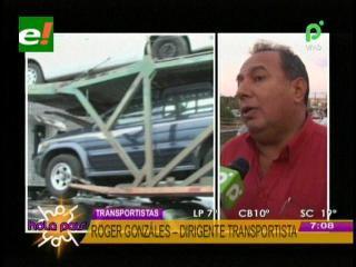 """Transportistas piden a la Alcaldia cruceña frenar el ingreso de los vehículos """"chutos"""""""
