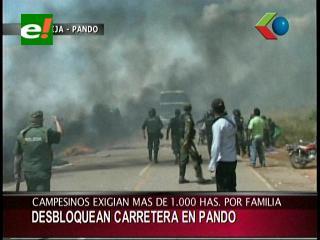 Pando: Policía desbloqueó carretera Cobija-Porvenir y detuvo varios campesinos