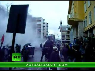 Chile: Duros enfrentamientos entre estudiantes y carabineros