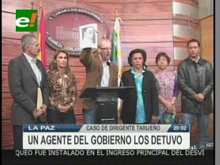 Policía detiene a dos parlamentarios opositores que participaban del juicio del ex cívico tarijeño Felipe Moza