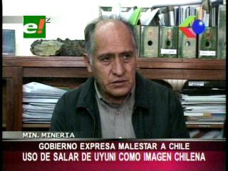 Gobierno protesta ante promoción del Salar de Uyuni como sitio turístico chileno