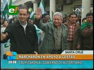 Sectores de las provincias marcharon en apoyo al Gobernador Rubén Costas
