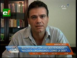 """Justiniano: """"Bolivia opera con los ojos vendados contra el narcotráfico"""""""