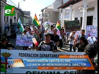 Resultados del censo: Vecinos amenazan con huelga de hambre si no renuncia la ministra Caro