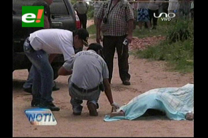 Santa Cruz: Acribillan a un albañil delante de su pequeña hija