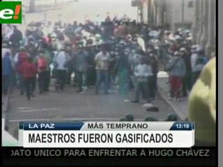 Maestros fueron gasificados en La Paz