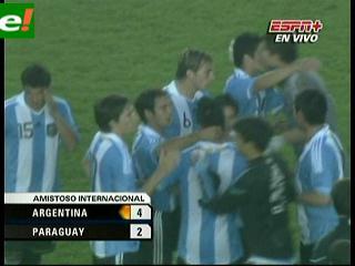 Argentina rival de Bolivia goleó a Paraguay 4-2